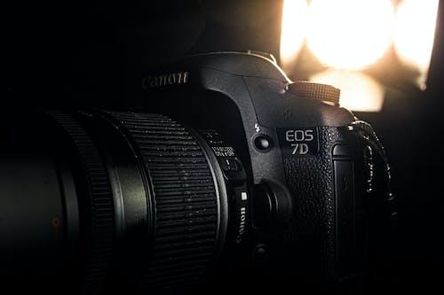 Kostenloses Stock Foto zu canon, dslr hintergrund, dslr-kamera