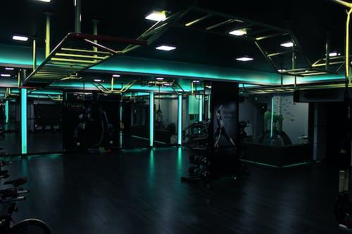 Foto d'estoc gratuïta de aeròbic, cardio, fitnes, gimnàs