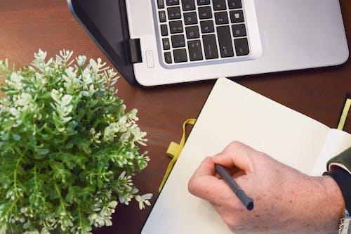 Fotos de stock gratuitas de diario, diario de bala, escribiendo, escribiendo a mano