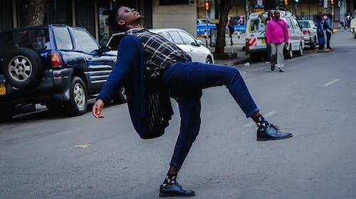 Darmowe zdjęcie z galerii z afryka, afrykanin, artysta uliczny, czarny