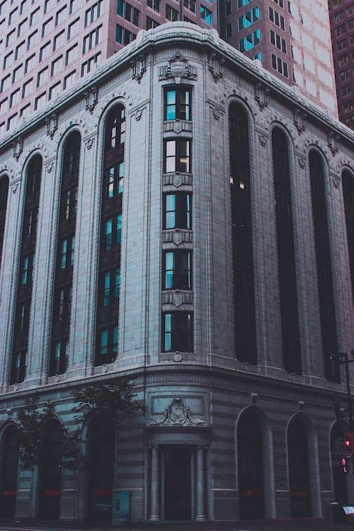 Fotos de stock gratuitas de banco, ciudad, gris, hormigón