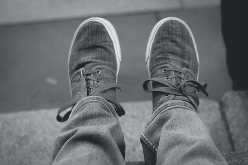 Ingyenes stockfotó fekete-fehér, selfie, szürke témában