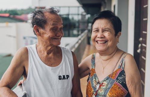 Fotos de stock gratuitas de al aire libre, amor, anciano