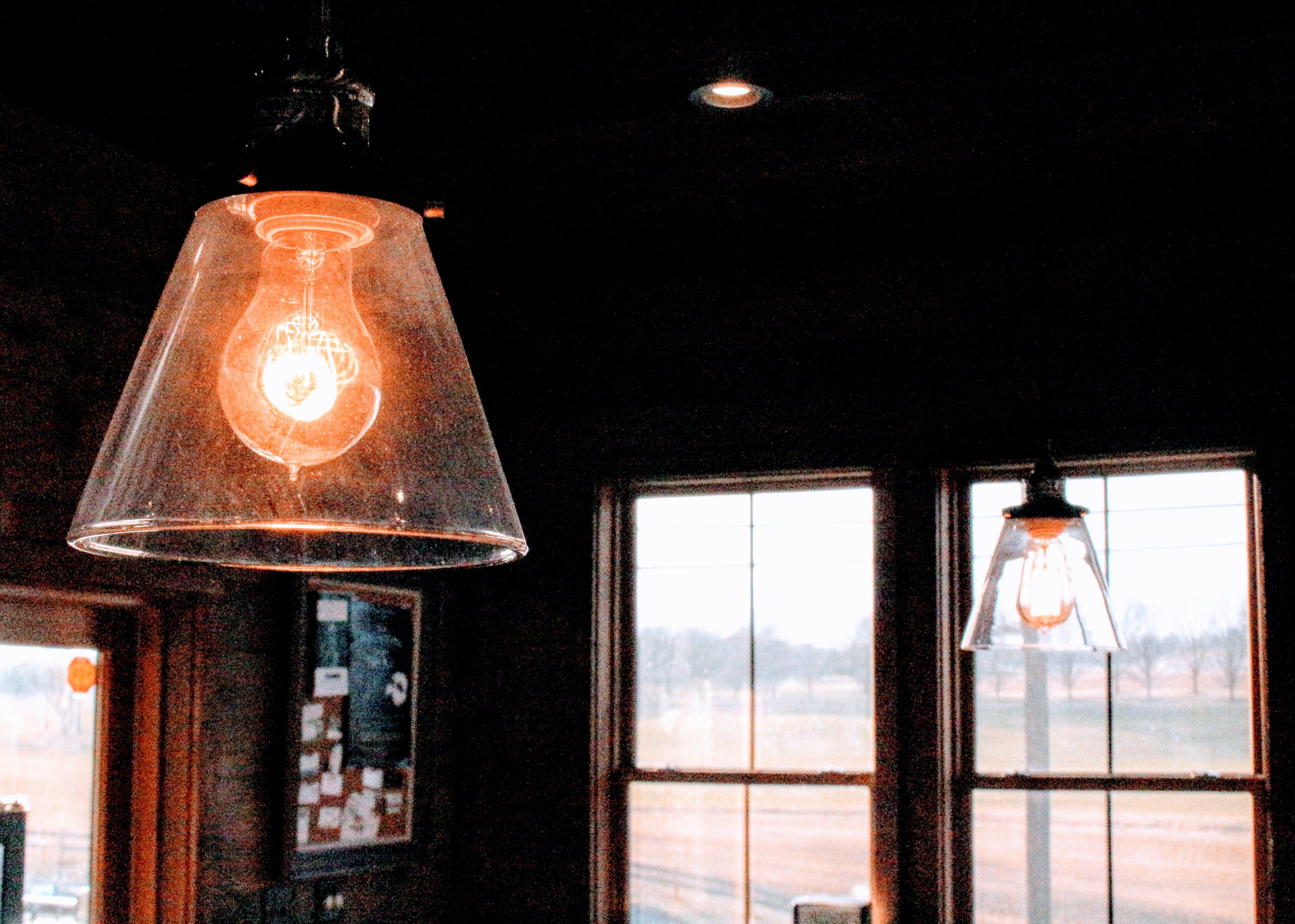 Black Frame Clear Glass Shade Pendant Lamp