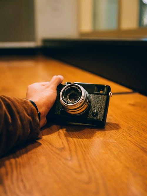 Darmowe zdjęcie z galerii z analogowy, antyczny, drewno