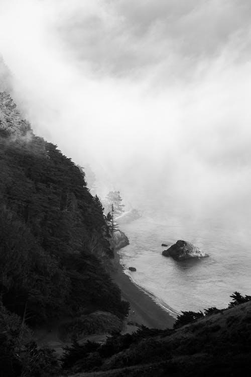 Kostnadsfri bild av berg, dimma, flod