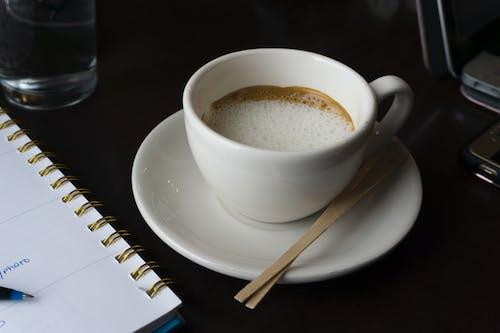 Foto d'estoc gratuïta de beguda, cafè, cafeteria, gra de cafè