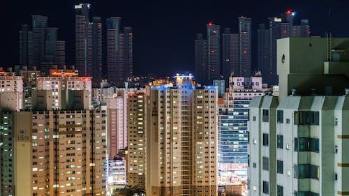 城市, 建築, 房子, 晚上 的 免費圖庫相片