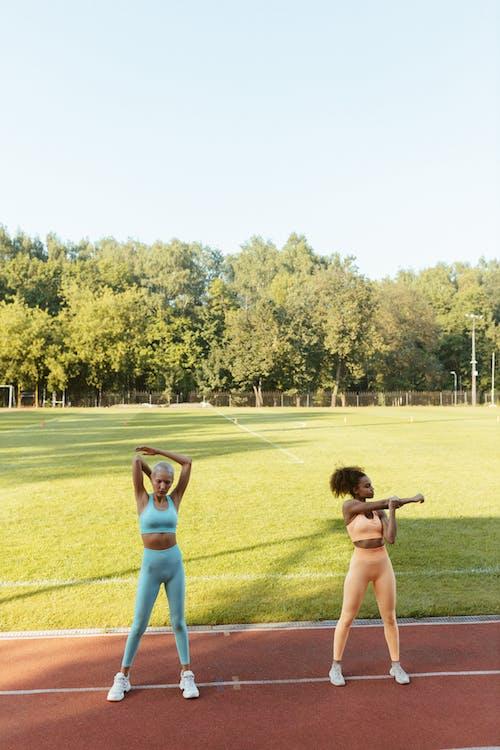 Gratis arkivbilde med afrikansk-amerikansk kvinne, aktivitet, helse