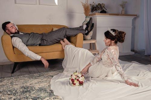 Imagine de stoc gratuită din cameră, canapea, cuplu