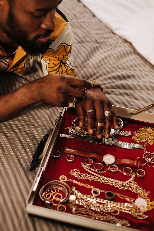 Foto stok gratis Amerika Afrika, arloji, berbohong