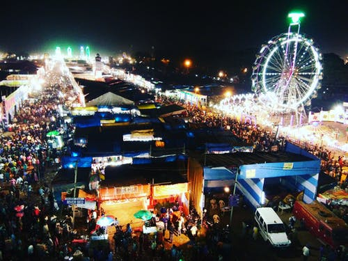 Gratis stockfoto met #lichten, festival, mensen, nachtfotografie
