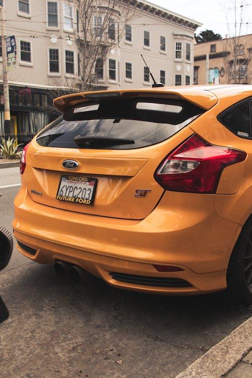 Fotos de stock gratuitas de amarillo, coche, concentrarse