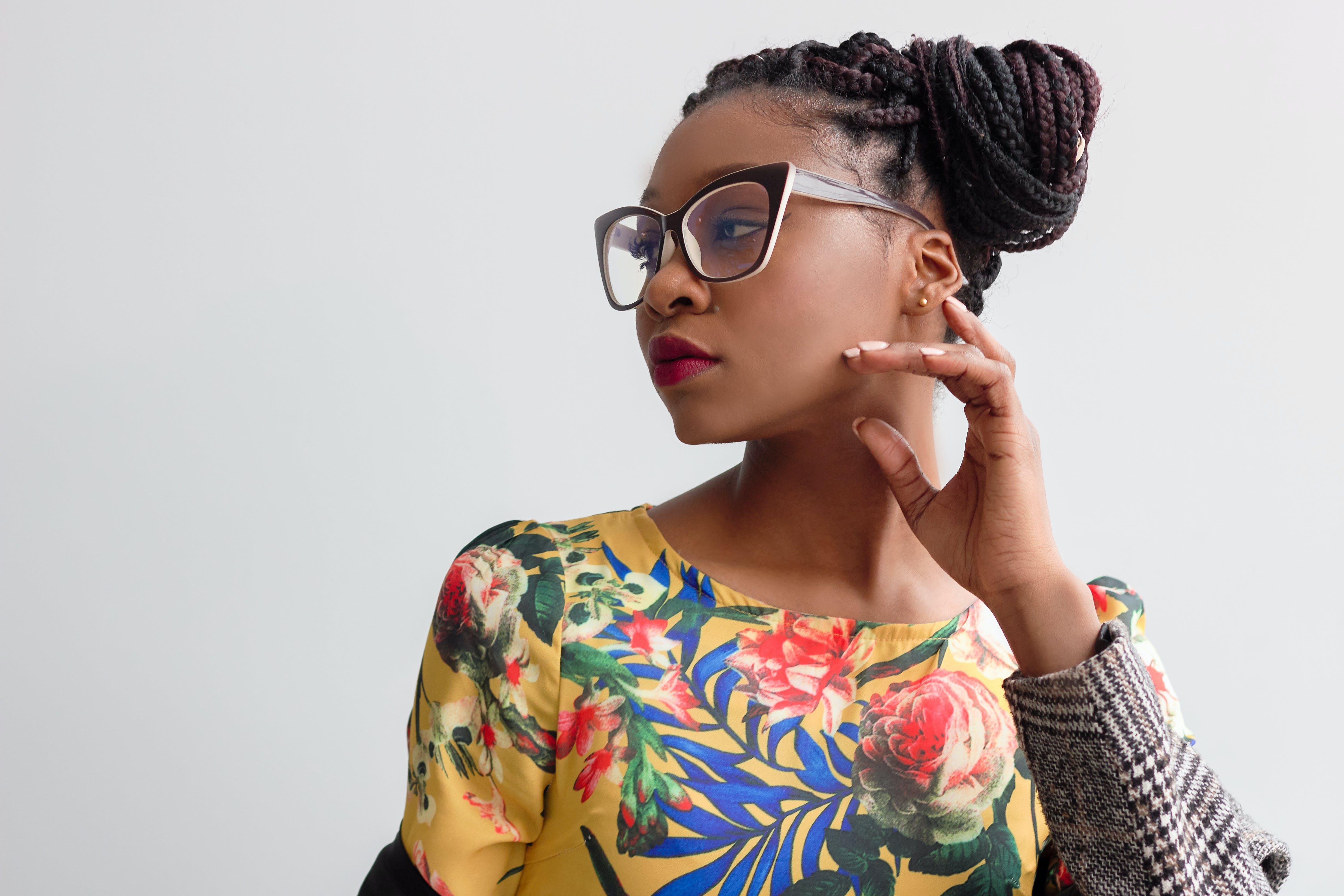 afroamerikansk kvinde, attraktiv, briller
