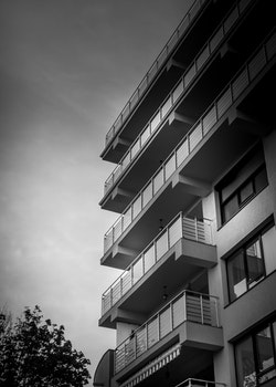 Free stock photo of building, architecture, balconies, perspective