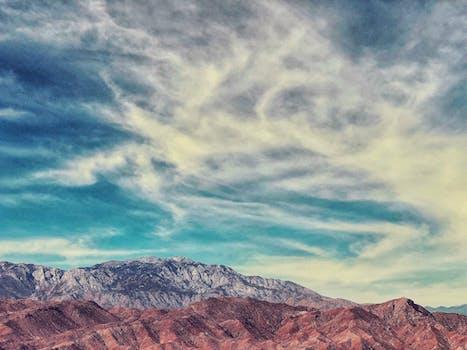 Fotografía de ojo de pájaro de Brown Mountain