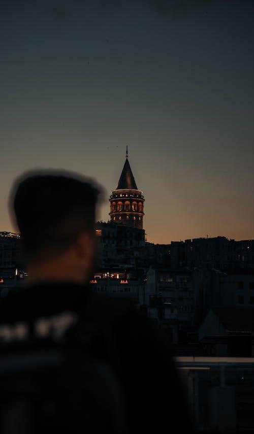 Бесплатное стоковое фото с архитектура, башня, вечер