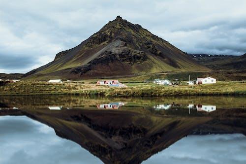 Ilmainen kuvapankkikuva tunnisteilla heijastus, islanti, järvi