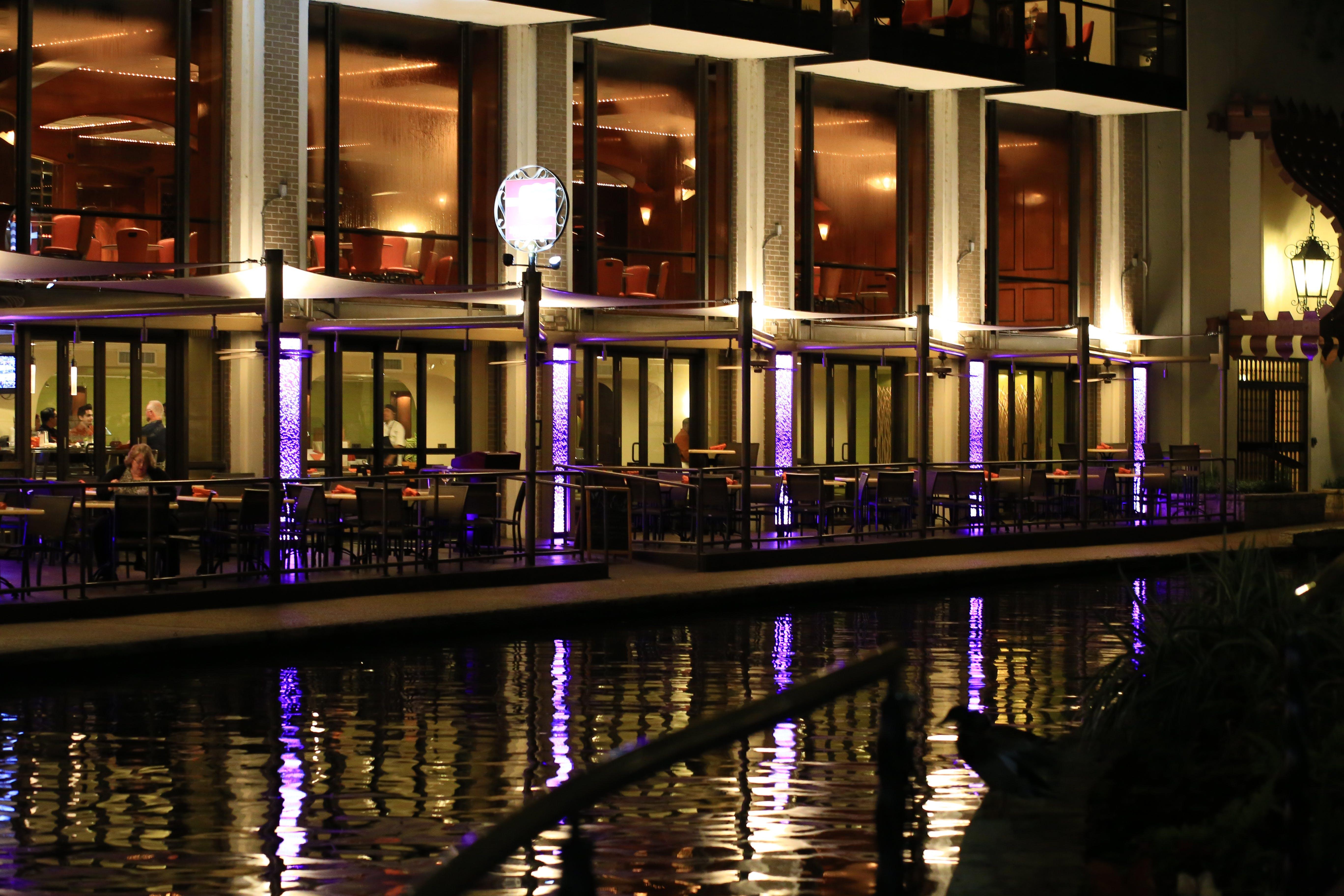 Free stock photo of hotel, river walk, san antonio, water
