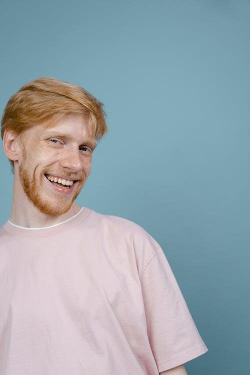 Fotobanka sbezplatnými fotkami na tému blond vlasy, bradatý, fúzatý
