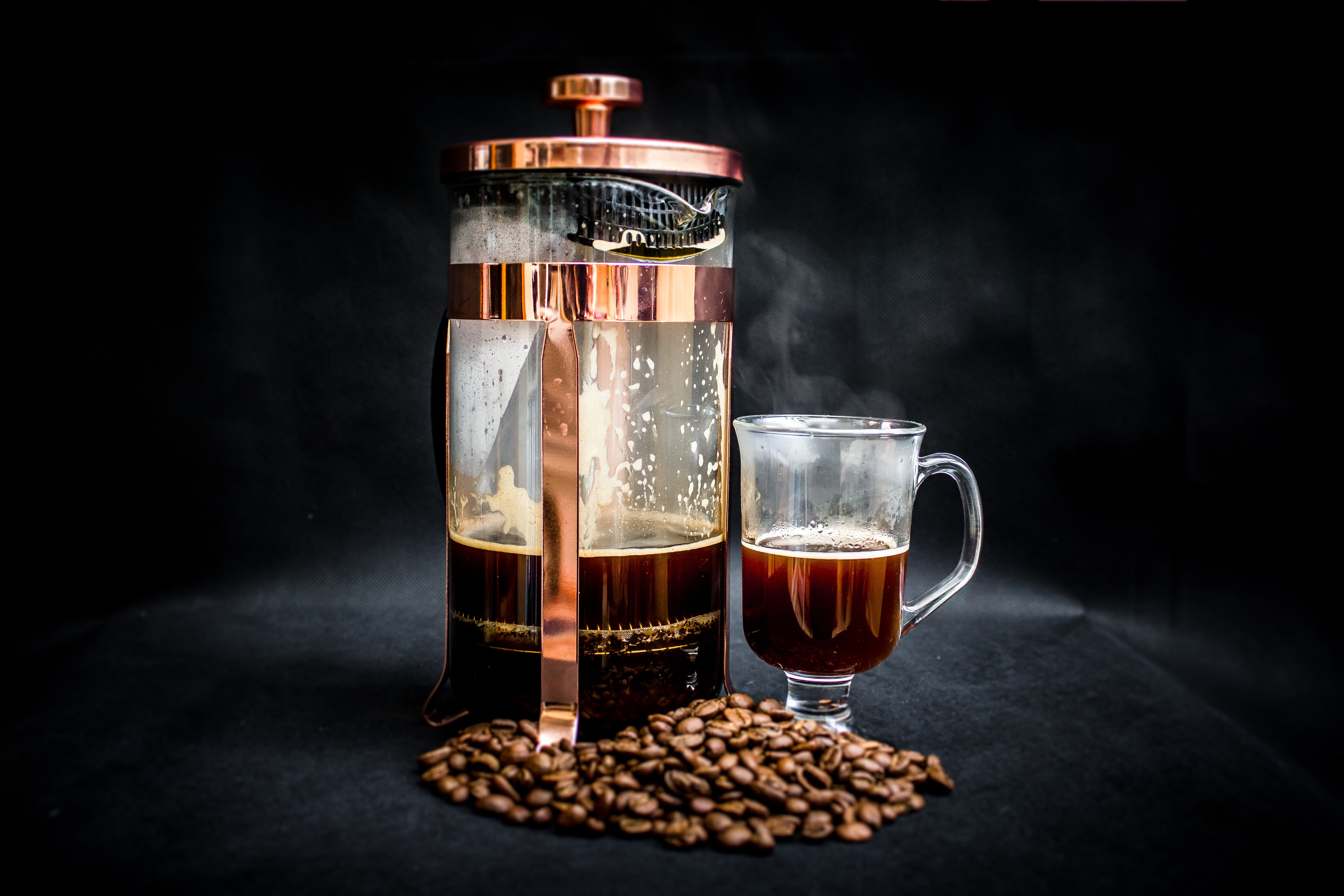 Kostenloses Stock Foto zu aromatisch, becher, gebrühter kaffee, getränk