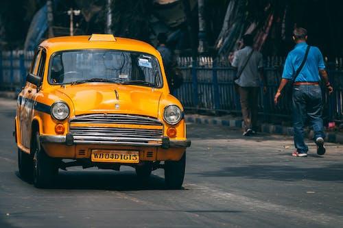 Kostenloses Stock Foto zu gelbes auto, taxen, taxi