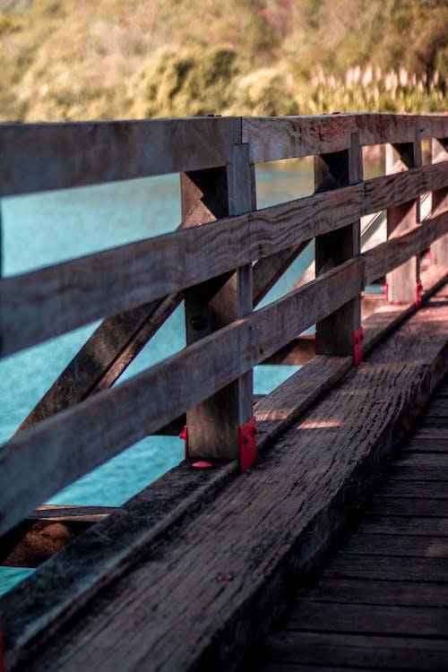 Ilmainen kuvapankkikuva tunnisteilla joki, puutavara, silta