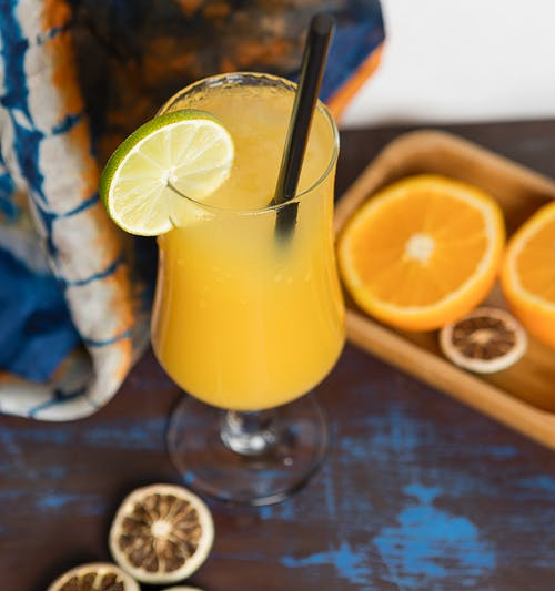 Бесплатное стоковое фото с апельсин, вертикальный выстрел, крупный план