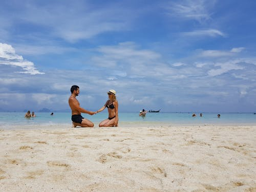Free stock photo of beach, couple, holiday