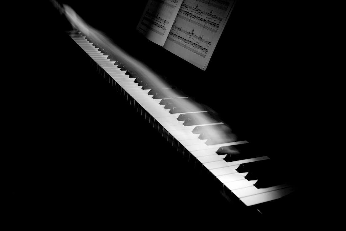elmosódás, fekete-fehér, hangszer