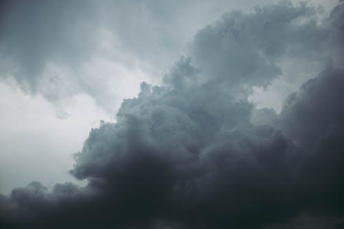 Immagine gratuita di alto, cielo, cielo coperto