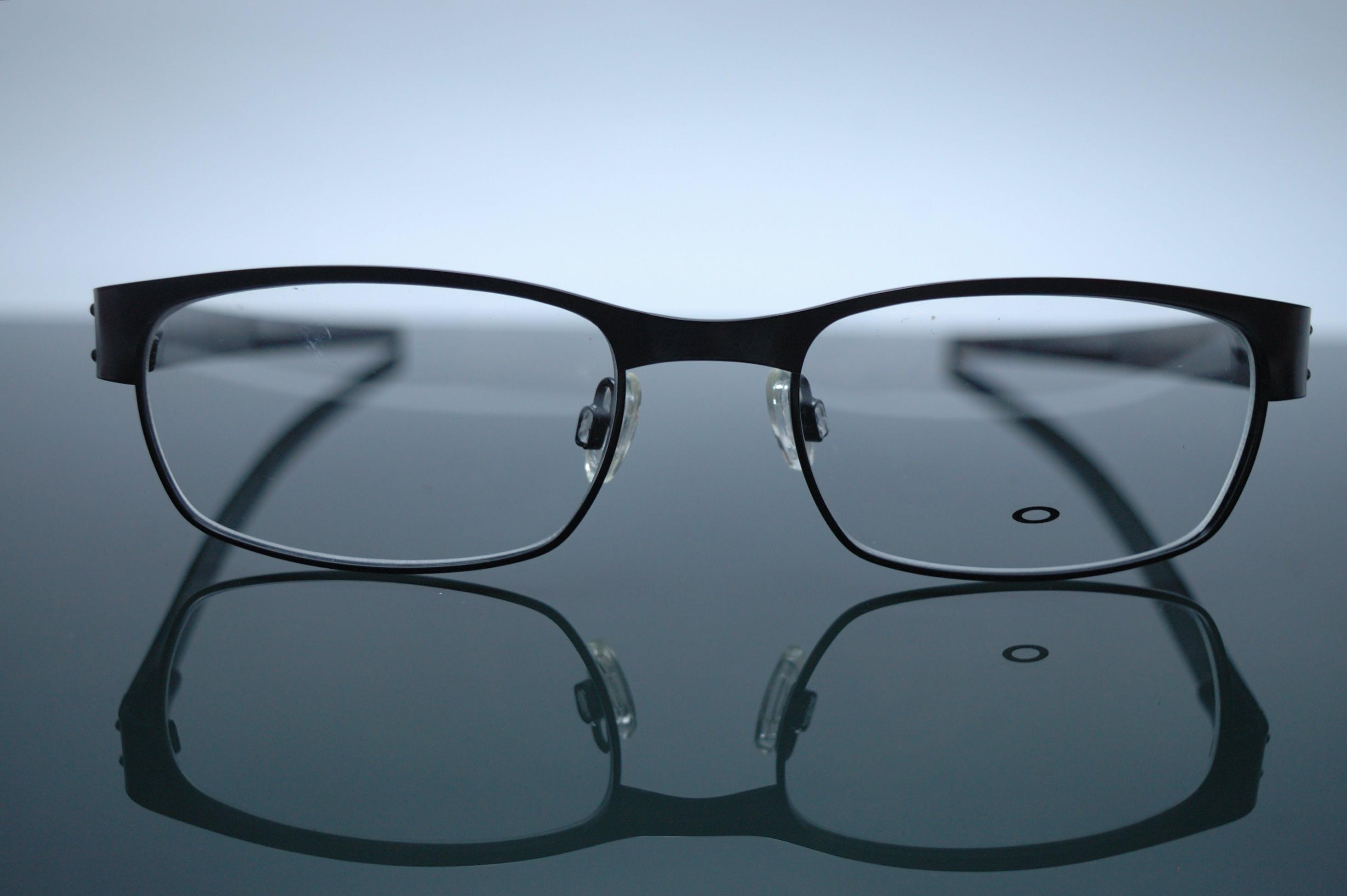 Kostenloses Stock Foto zu augengläser, brille, lesebrille, sonnenbrille