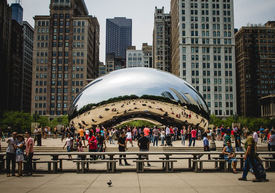 Fotos de stock gratuitas de arquitectura, atracción turística, bancos