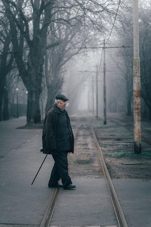 Imagine de stoc gratuită din bătrân, cale ferată, cețos