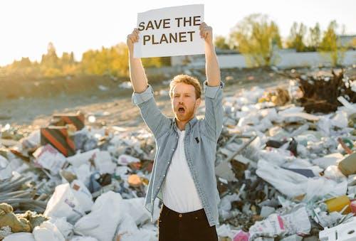 Kostenloses Stock Foto zu aktivist, beschilderung, deponie