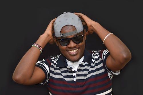 Immagine gratuita di africano, berretto, nero, occhiali da sole