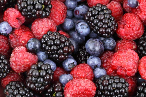 Fotos de stock gratuitas de arándanos azules, blackberries, comida, frambuesas