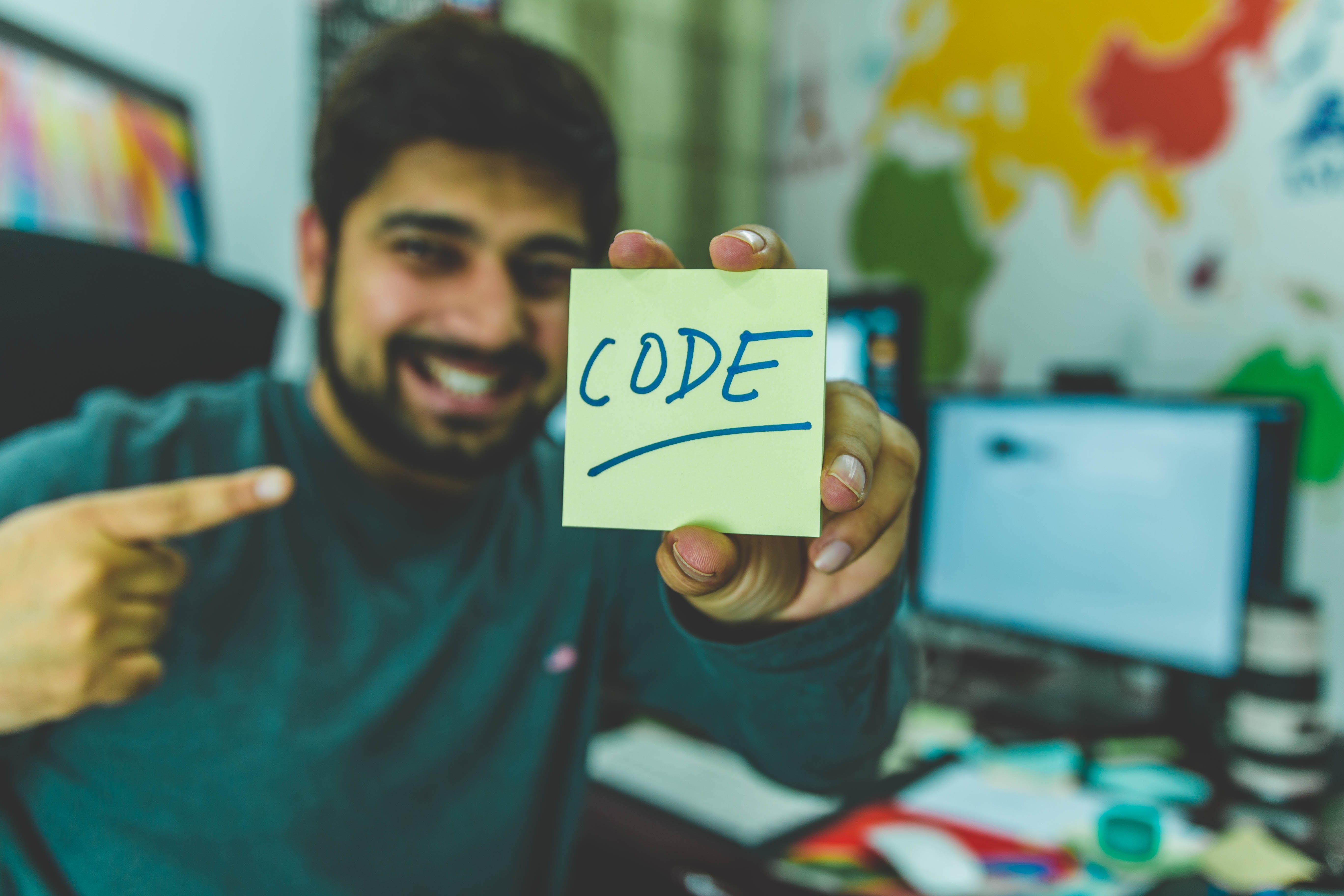 Kostenloses Stock Foto zu code, computer, haftnotiz, kodieren