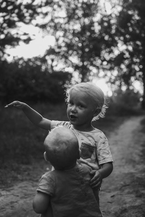 Foto d'estoc gratuïta de a l'aire lliure, bebè, camí