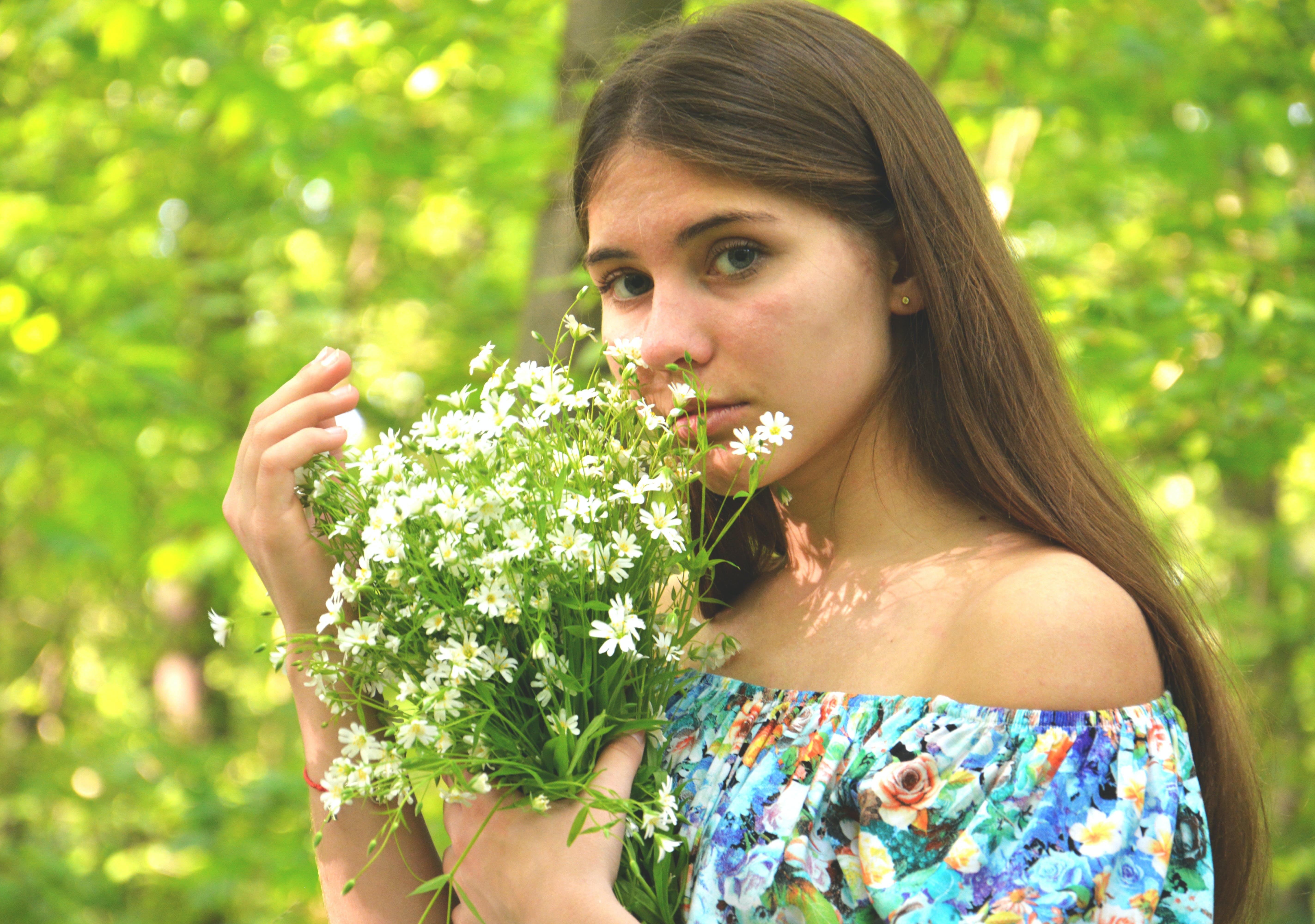 flowers, green, grey eyes