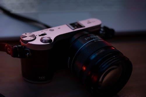 Foto stok gratis analog, berfokus, berkilau