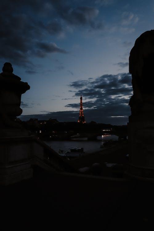 Fotos de stock gratuitas de arquitectura. ciudad, azul oscuro, buenas noches