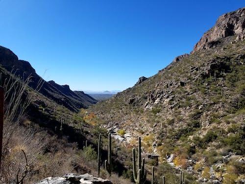 Darmowe zdjęcie z galerii z arizona, góry, krajobraz, pustynia