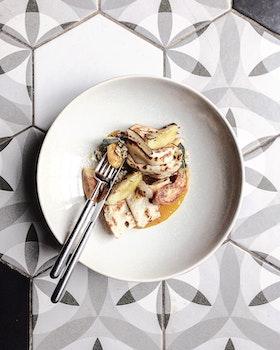Kostenloses Stock Foto zu essen, teller, restaurant, mahlzeit
