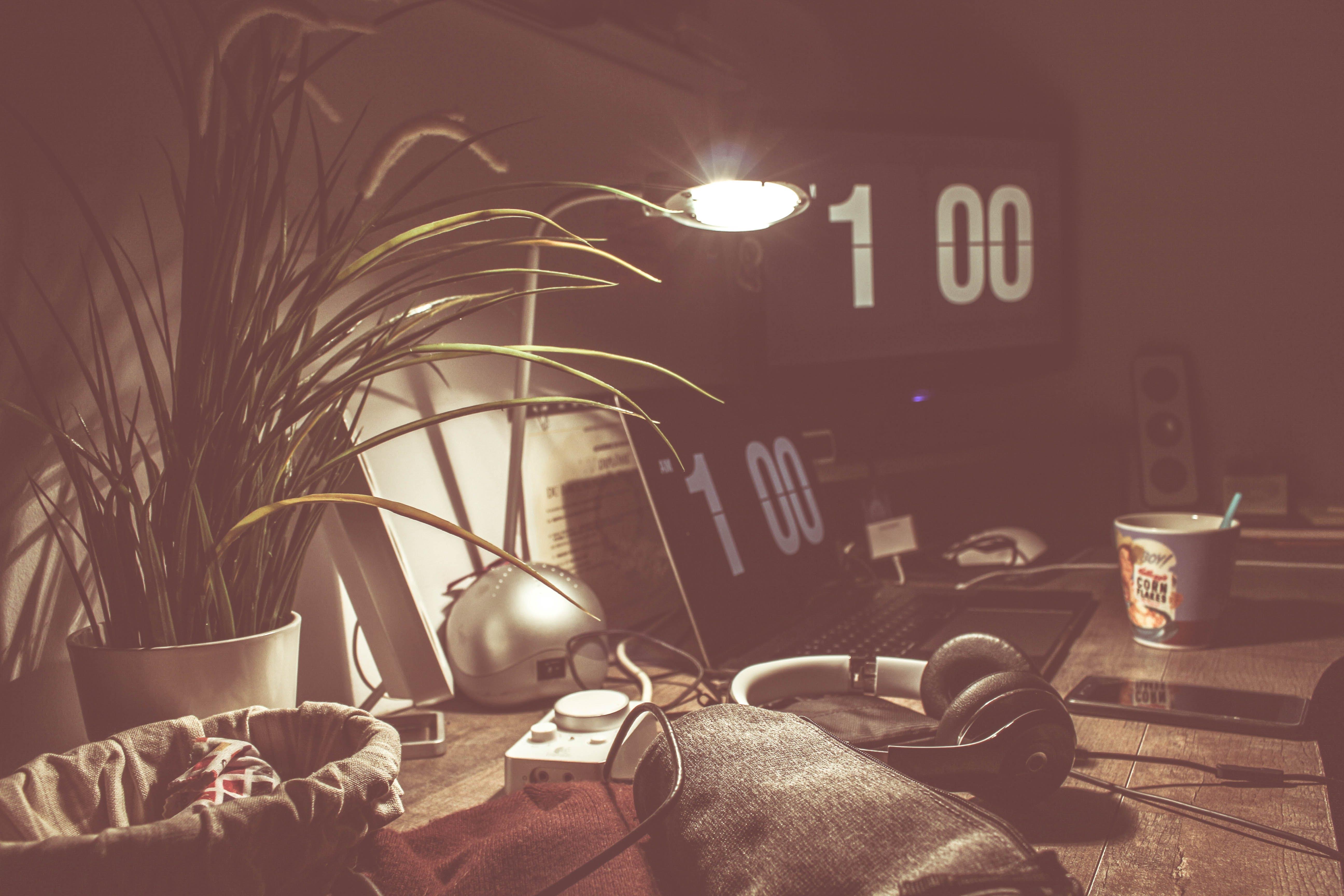 Základová fotografie zdarma na téma apple, design, designér, hodinový strojek