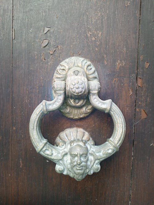 Foto profissional grátis de portas de madeira