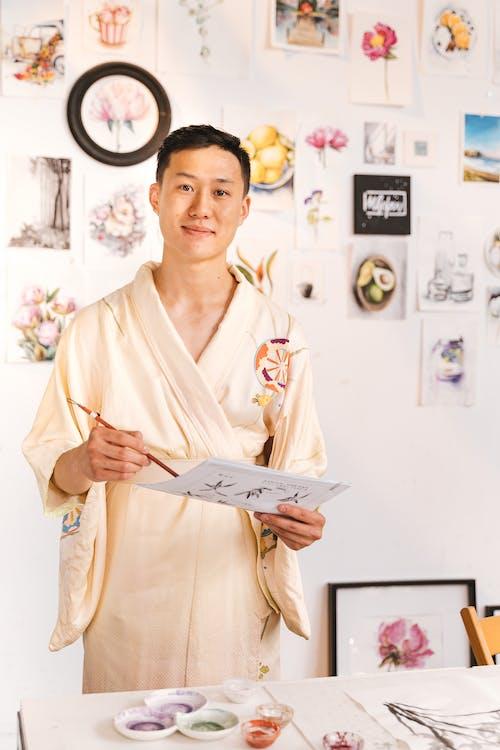 Бесплатное стоковое фото с азиат, артист, бумага