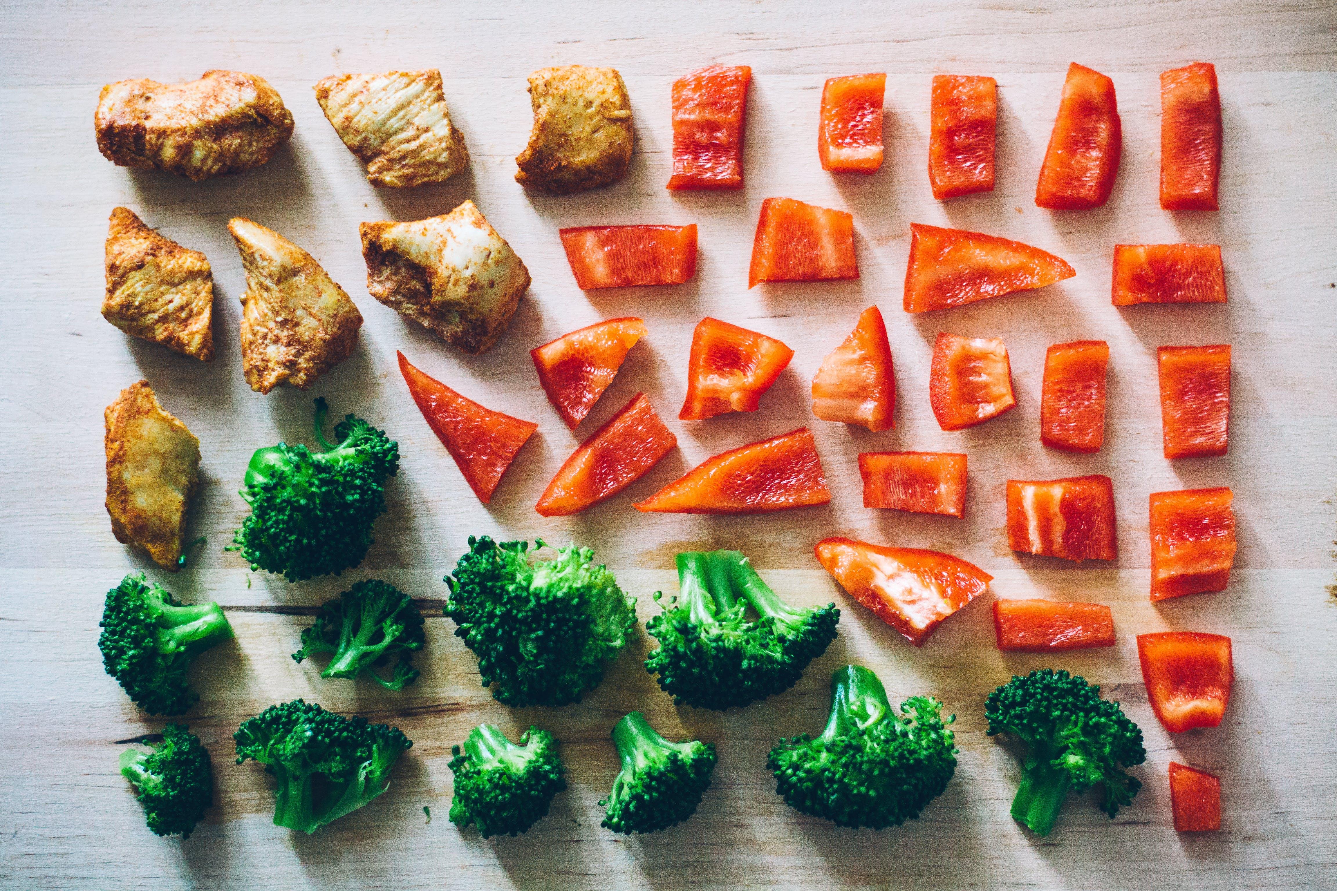 brokuły, krojenie, kuchnia