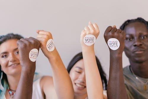 Fotos de stock gratuitas de Campaña, chapa, concepto