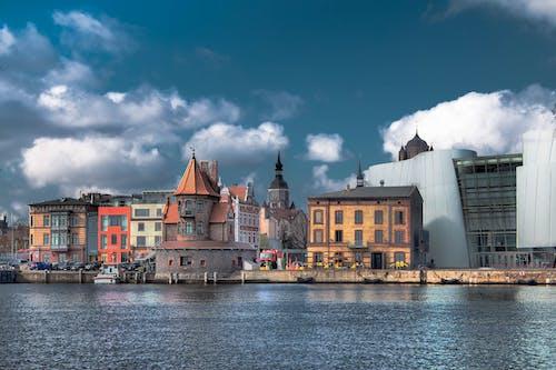 강가, 건물, 건축, 도시의 무료 스톡 사진